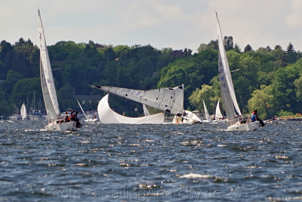KaR - Sweet Sixteen Takedown unter Spi - Photo © SailingAnarchy.de 2015