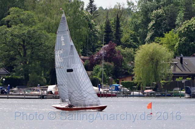 6MR Lillivi im Ziel - Max Oertz Preis 2016 - Photo © SailingAnarchy.de 2016